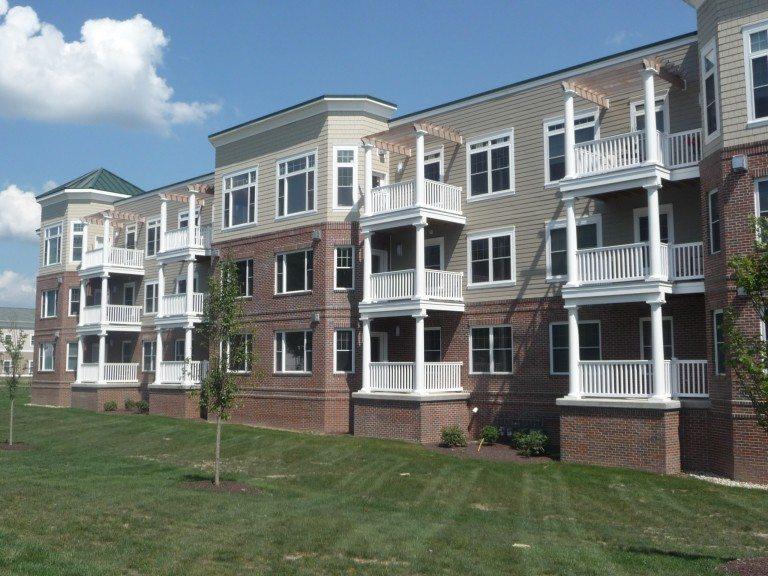 859 Main St Condominiums
